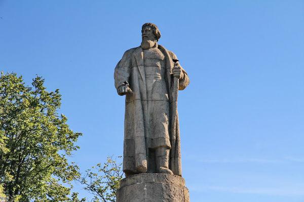 цена на памятники в москве и brown