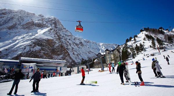 Картинки по запросу Приэльбрусье горнолыжный курорт