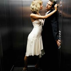 Фото секс в лифте