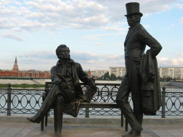 Йошкар ола памятник пушкину и онегину памятники из гранита рисунки ярославль